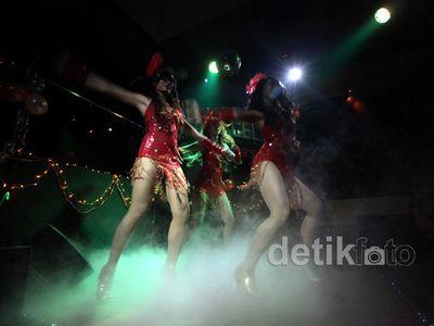 Fashion Show Lingerie & Sexy Dancer di Pesta Ultah Mata Lelaki
