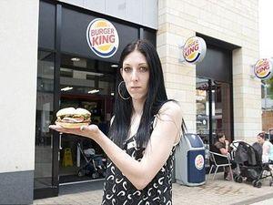 Kritik Burger King, Wanita Ini Malah Diejek