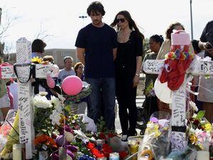 Christian Bale Berbela Sungkawa
