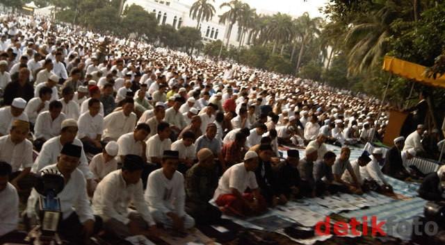 Kemenag: Menurut Hisab, Lebaran Jatuh Pada Minggu 19 Agustus 2012