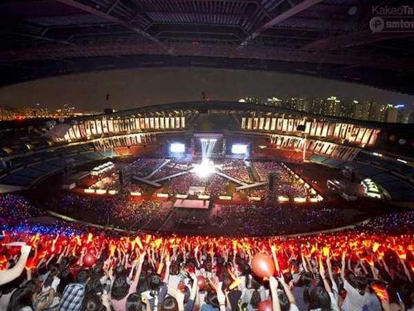 Meriahnya Konser SM Town di Seoul