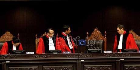 Kalangan DPR Hormati Keputusan MK Soal PT Pemilu 2014