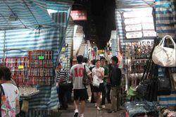 3 Pasar Malam di Hong Kong Untuk Belanja Murah