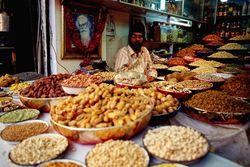 Pasar Ini Menjual Ribuan Kuliner Asli India!