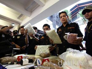 Polisi Sita 200.000 Ekstasi dari Jaringan Belanda