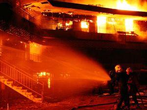 Pasar Turi Lama Hangus Terbakar