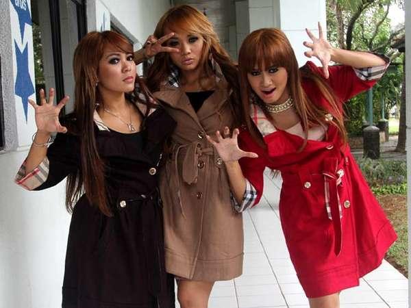 Jakarta Panas, Trio Macan Malah Bermantel