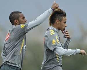 Lagi, Neymar Disarankan Hijrah ke Barcelona