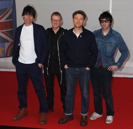 Blur Raih Best Live Act di Q Awards 2012