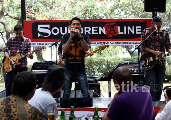 Andra and The Backbone Siap Gebrak Soundrenaline 2012