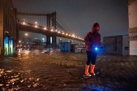 Manhattan Dilanda Banjir Akibat Topan Sandy