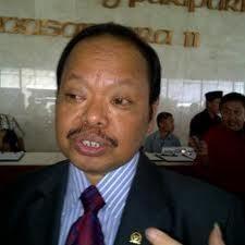 Sutan Bhatoegana: SMS Anggota DPR \Tukang Peras\ Untuk Adu Domba