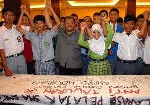Ahmad Heryawan-Pelajar Deklarasikan Anti Tawuran