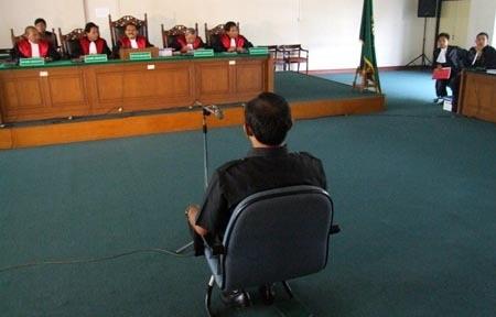 Duh! Penghukum Jaksa Urip 20 Tahun Bui Dibebastugaskan Adili Korupsi