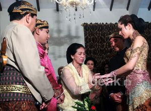 Malam Midodareni Reisa & Pangeran Surakarta