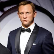\James Bond\ Tolak Undangan Fergie ke Old Trafford