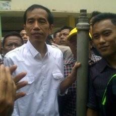 Jokowi Akan Tinjau Banjir di Kampung Melayu