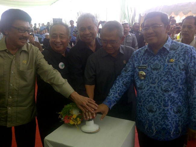 Tol Cisumdawu Selesai 2014, Waktu Tempuh Bandung-Sumedang Hanya 15 Menit
