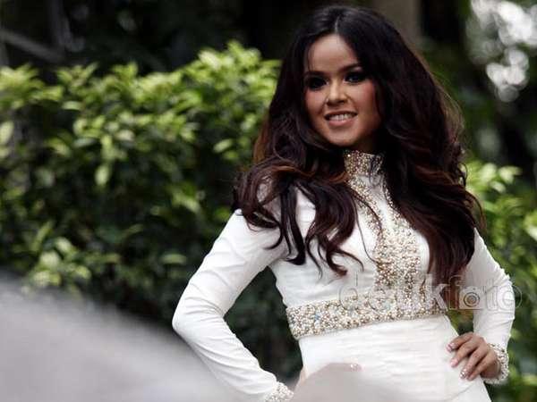 Siti Liza Siap Ramaikan Blantika Musik Tanah Air