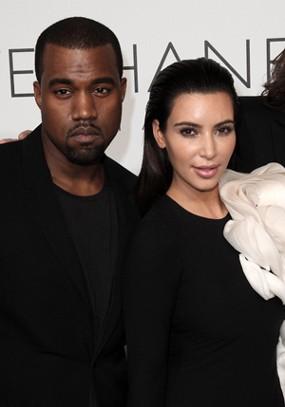 Hamil, Penjualan Video Seks Kim Kardashian Naik 80 Persen