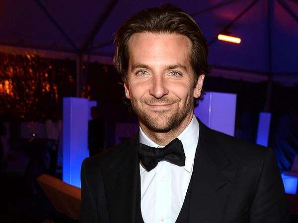 Si Tampan Bradley Cooper Jomblo Lagi