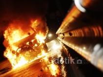 Api Lahap Opel Blazer
