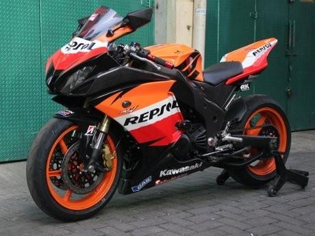 Apa Jadinya Jika Repsol Honda dengan Kawasaki Ninja Bersatu?