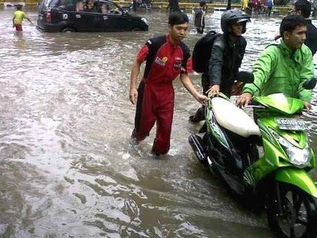 Yamaha Beri Layanan Gratis di Wilayah Banjir