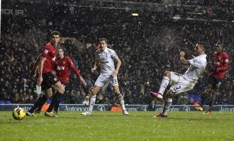 Gol Dempsey di Injury Time Buyarkan Kemenangan MU