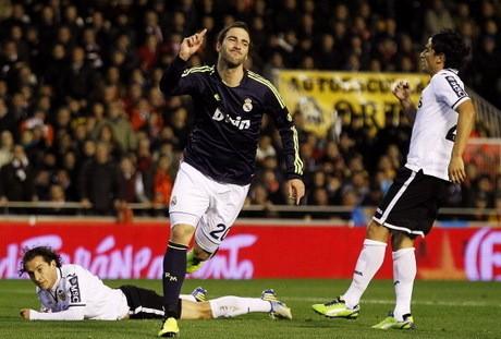 Madrid Bantai Valencia di Mestalla