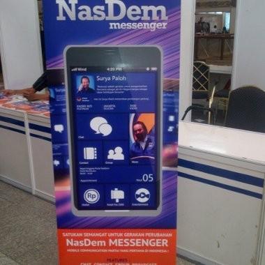 Dijual! Smartphone NasDem dengan Wallpaper Surya Paloh