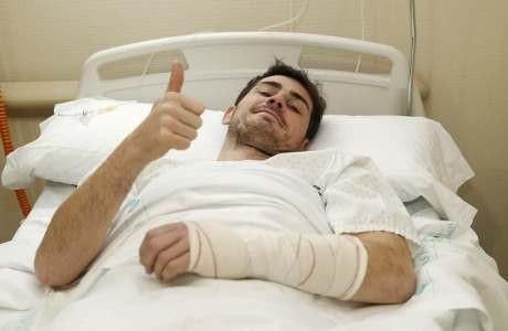 Operasi Tangan Sukses, Casillas Menepi 12 Pekan