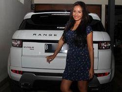 Range Rover Evoque untuk Shinta Bachir