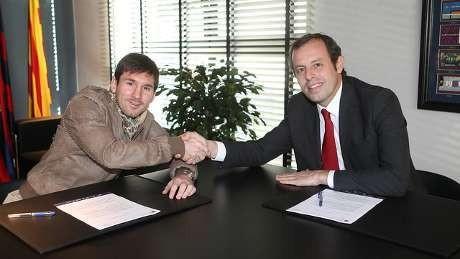 Barcelona Tambah Kontrak Messi Sampai 2018