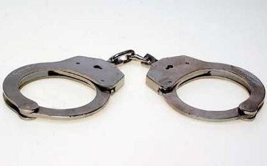 Telanjangi & Pukuli Pemuda di Depan Umum, 3 Pria AS Ditangkap