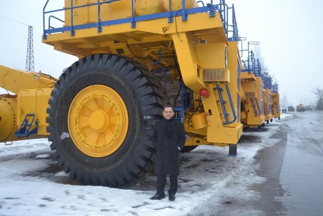 Truk Raksasa Transformer Buatan Belarus Ini Diekspor ke Indonesia