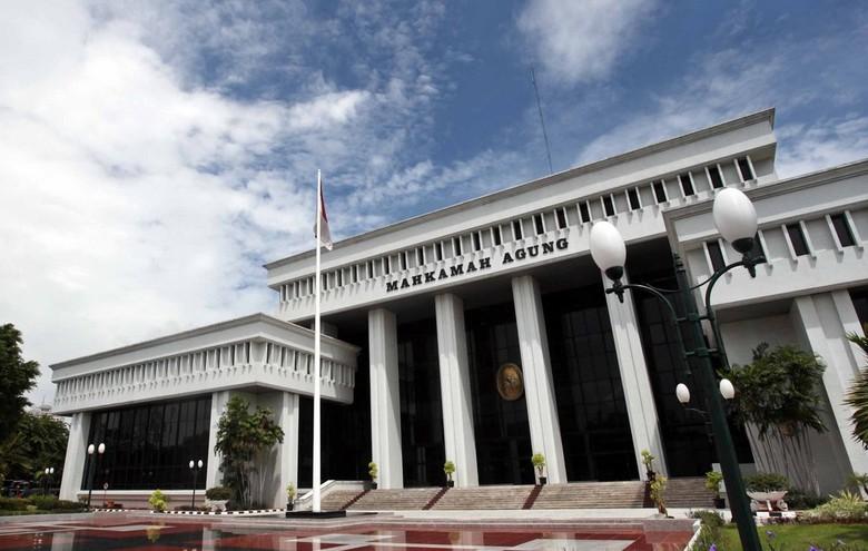 Sepasang Pegawai Pengadilan Agama Ketangkap Mesum di Hotel