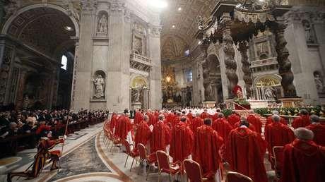Paus Baru Telah Terpilih