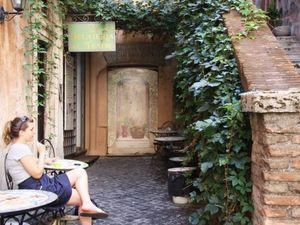 Selain Paus di Vatikan, Ini 5 Alasan Lain Pergi ke Roma