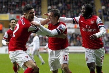 Arsenal Bungkam Swansea 2-0
