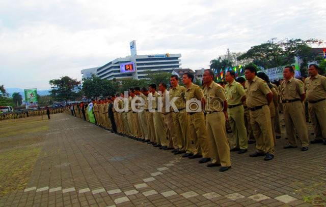 Pemerintah Buka 60 Ribu Lowongan CPNS Baru Juli 2013