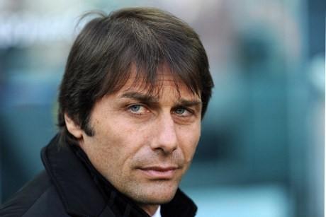 Conte Akan Mencoba Jadi Fergie-nya Juve