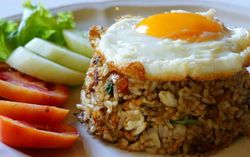 Nasi Goreng, Menu Sarapan Favorit 400 Kalori