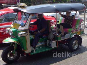 Tuk Tuk Kendaraan Khas Bangkok