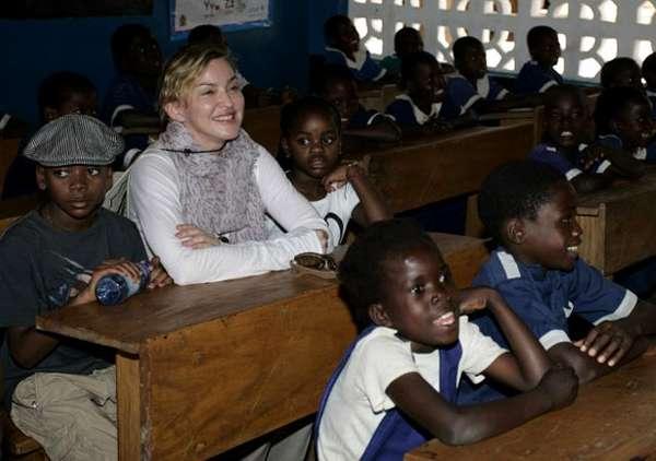 Aksi Sosial Madonna di Malawi