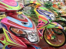 Pasar Jongkok Khusus Otomotif Digelar di Senayan