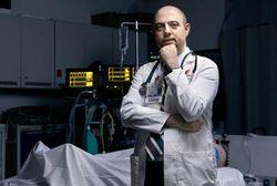 Dokter Ini Punya Spesialisasi Membangkitkan Pasien dari Kematian