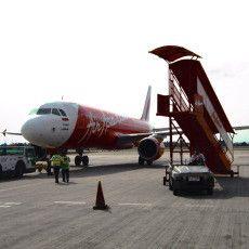 Indonesia AirAsia Rekrut Pilot, Pramugari & Karyawan Eks Batavia