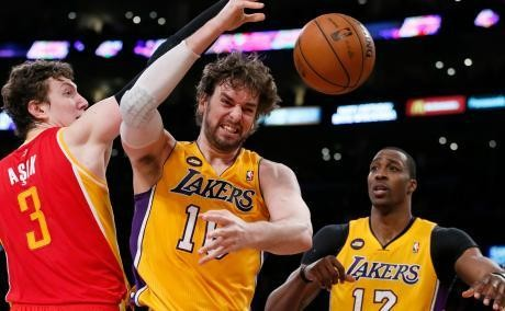 Babak Reguler Selesai, Jazz Gagal, Lakers Lolos ke Playoff