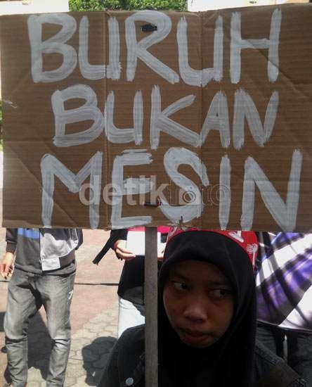 Buruh Pabrik di Tangerang Dipaksa Bekerja 18 Jam/Hari untuk Membuat Kuali